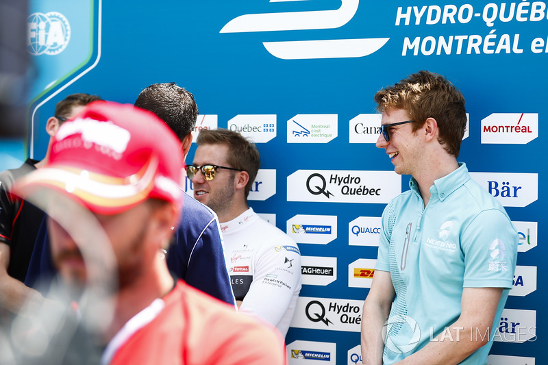 Oliver Turvey, NEXTEV TCR Formula E Team, con Sam Bird, DS Virgin Racing