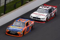 Erik Jones, Joe Gibbs Racing Toyota and Joey Logano, Team Penske Ford