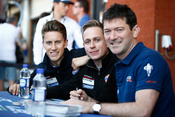 Adam Carroll, Michael Wainwright, Ben Barker, Gulf Racing