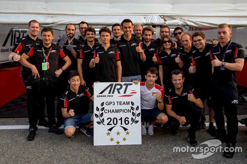 The ART Grand Prix team celebrate winning the 2016 GP3 Series team championship with drivers Charles Leclerc, ART Grand Prix; Nirei Fukuzumi, ART Grand Prix; Alexander Albon, ART Grand Prix and Nyck De Vries, ART Grand Prix