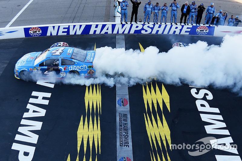 Loudon: Kevin Harvick (Stewart/Haas-Chevrolet)