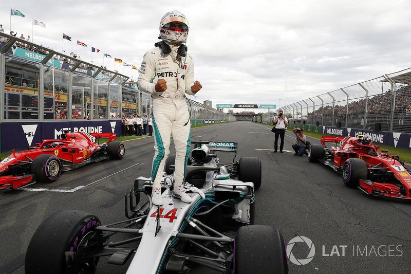 Ganador de la pole Lewis Hamilton, Mercedes AMG F1 W09