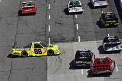 Matt Crafton, ThorSport Racing, Ford F-150 Ideal Door/Menards, spins off turn 2