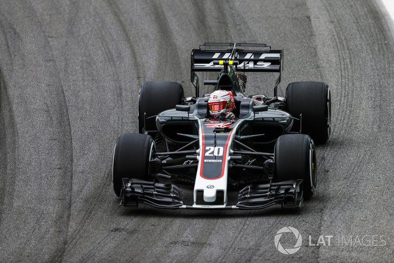 16. Kevin Magnussen, Haas F1 Team VF-17