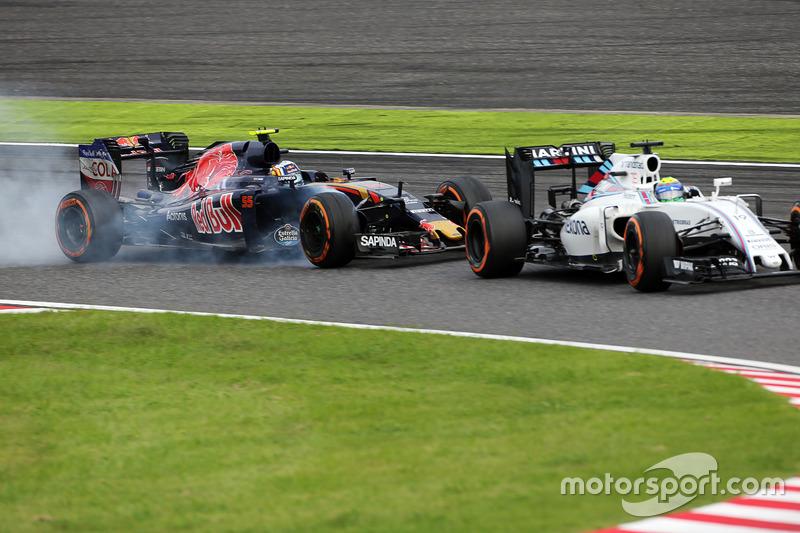 Борьба за позицию: Фелипе Масса, Williams FW38, и Карлос Сайнс-мл., Scuderia Toro Rosso STR11