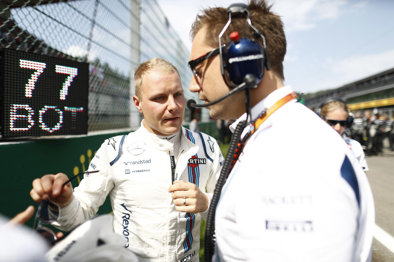 Valtteri Bottas, Williams Martini Racing, with Jonathan Eddolls, Race Engineer