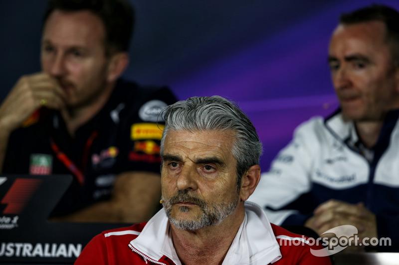 Maurizio Arrivabene, Ferrari Teamchef bei der FIA Pressekonferenz