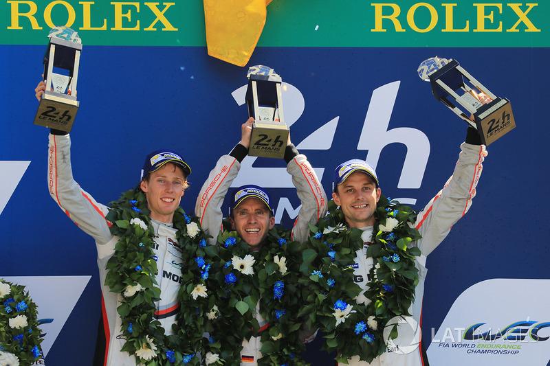 Timo Bernhard, Earl Bamber e Brendon Hartley levaram o #2 da Porsche para mais uma vitória em Le Mans, pela LMP1. Foi o 19º triunfo da fábrica alemã.