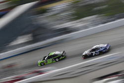 Ryan Blaney, Team Penske Ford, Justin Allgaier, JR Motorsports Chevrolet