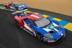 #68 Ford Chip Ganassi Racing Ford GT: Joey Hand, Dirk Müller, Tony Kanaan, #69 Ford Chip Ganassi Rac