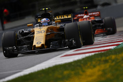 Jolyon Palmer, Renault Sport F1 Team RS17, Stoffel Vandoorne, McLaren MCL32