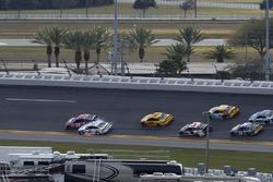 Denny Hamlin, Joe Gibbs Racing Toyota, Brad Keselowski, Team Penske Ford contact