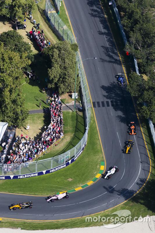 Nico Hülkenberg, Renault Sport F1 Team, RS17; Esteban Ocon, Force India, VJM10; Lance Stroll, Williams, FW40; Jolyon Palmer, Renault Sport F1 Team, RS17; Stoffel Vandoorne, McLaren, MCL32
