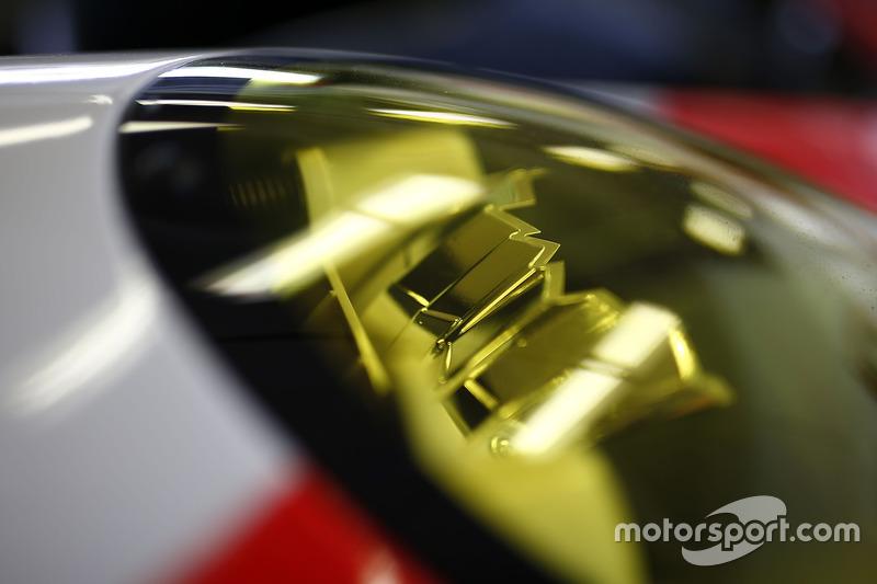 #912 Porsche Team North America Porsche 911 RSR: Kevin Estre, Laurens Vanthoor, Richard Lietz, detai