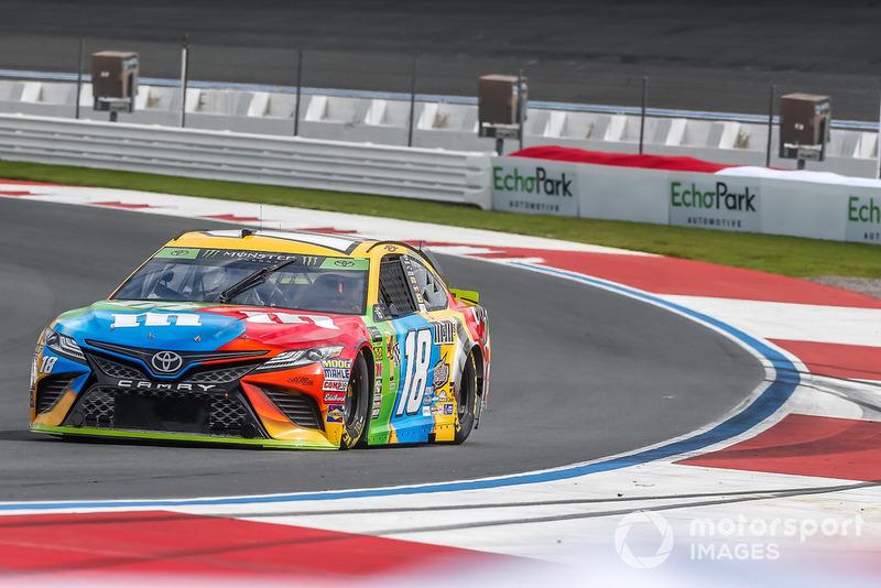 14. Kyle Busch, Joe Gibbs Racing, Toyota Camry M&M's