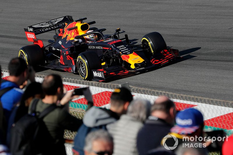 Max Verstappen, Red Bull Racing RB15 and fans