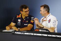 Pierre Wache, Red Bull Racing e Paddy Lowe, Williams, nella conferenza stampa