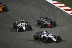 Лэнс Стролл, Williams FW41, Шарль Леклер, Alfa Romeo Sauber C37, Ромен Грожан, Haas F1 Team VF-18, и Стоффель Вандорн, McLaren MCL33