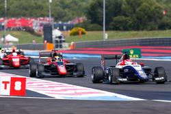 Pedro Piquet, Trident devant Callum Ilott, ART Grand Prix