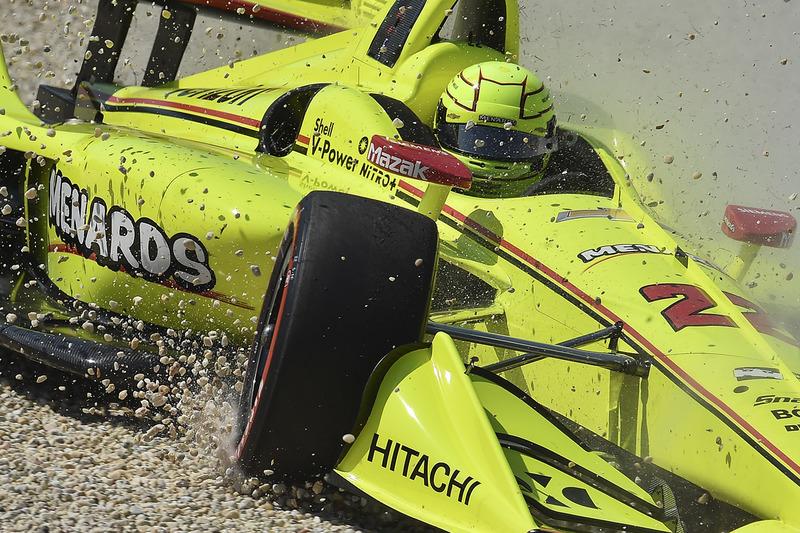 Simon Pagenaud, Team Penske Chevrolet en la grava