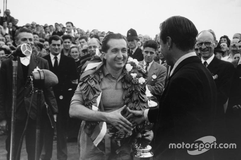 2: Alberto Ascari (1952, 1953)