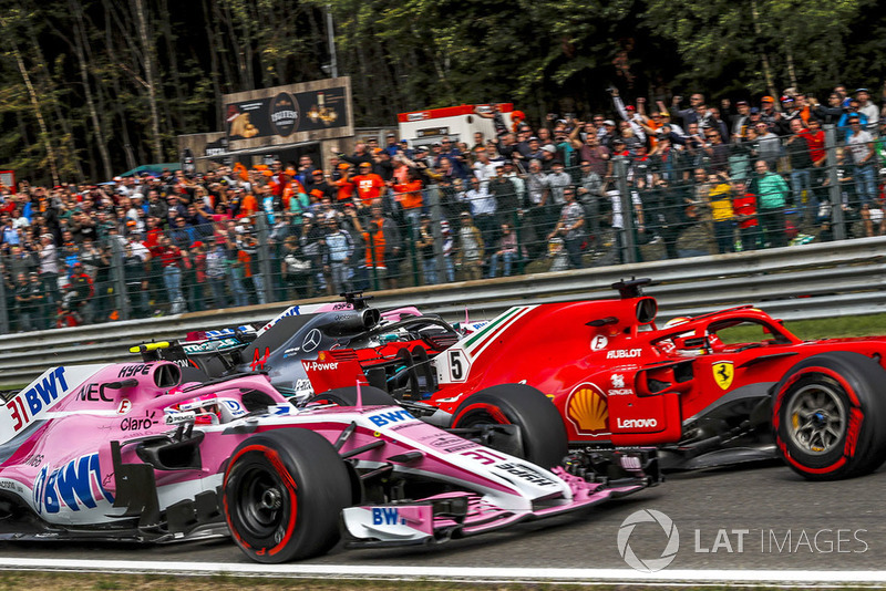 Esteban Ocon, Racing Point Force India VJM11, Sebastian Vettel, Ferrari SF71H, Lewis Hamilton, Mercedes AMG F1 W09 y Sergio Perez, Racing Point Force India VJM11
