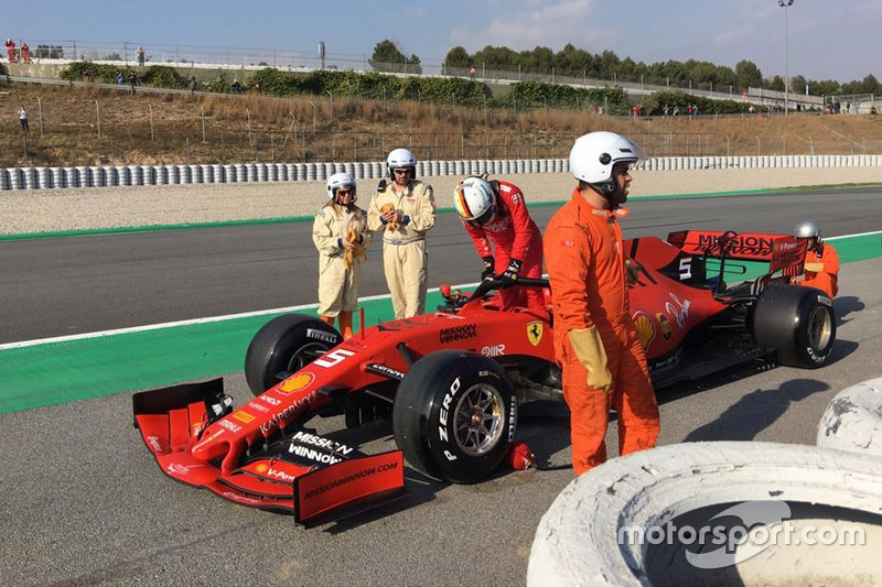 Sebastian Vettel, Ferrari SF90 stops on the side of the track