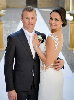 Hochzeitsfoto von Kimi Räikkönen und Minttu Virtanen