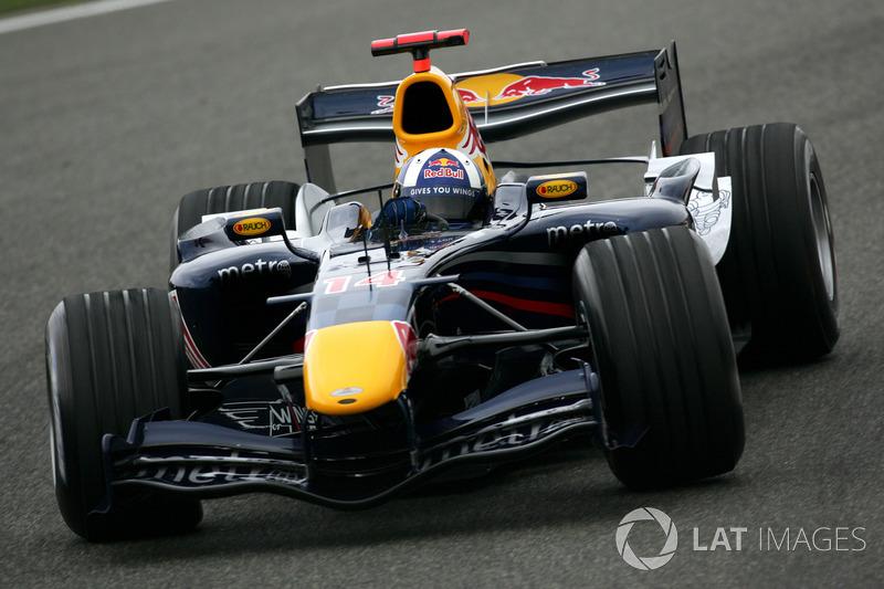 2006 : Red Bull RB2, à moteur Ferrari