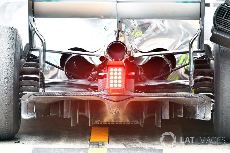Mercedes-AMG F1 W09 rear and diffuser