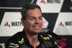 Craig Lowndes, Triple Eight Race Engineering Holden announces retirement