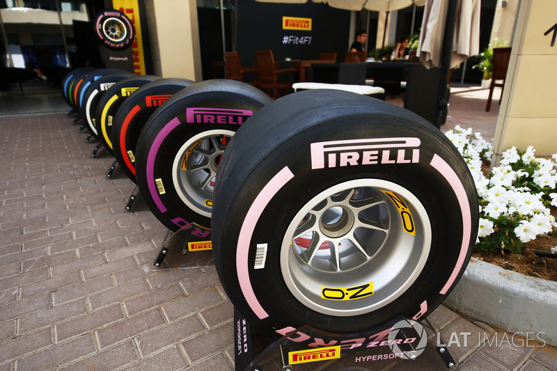 The new 2018 range of Pirelli F1 tyres, the pink Hypersoft tyre at the front