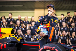 Daniel Ricciardo, Red Bull Racing bij de Red Bull Racing-teamfoto