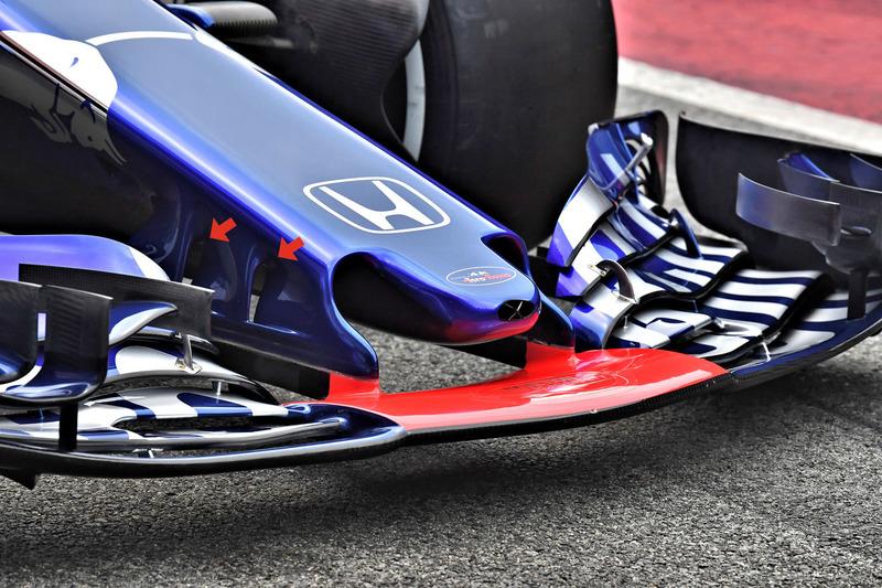 Переднж крило Toro Rosso STR13