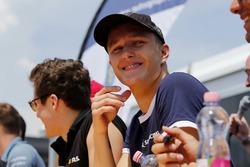 Autograph session, Nikita Troitskiy, Carlin Dallara F317 - Volkswagen