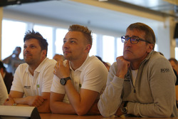#48 Mann-Filter Team HTP Motorsport, Mercedes-AMG GT3: Kenneth Heyer, Bernd Schneider, Indy Dontje