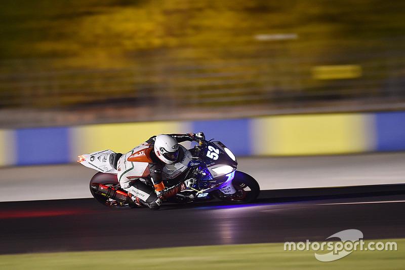#52 BMW: Julian Mayer