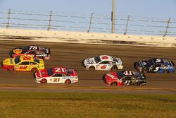 Joey Logano, Team Penske Ford, Martin Truex Jr., Furniture Row Racing Toyota and Ryan Blaney, Wood Brothers Racing Ford
