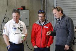 Zak Brown, McLaren Vorstand;Fernando Alonso, Andretti Autosport, Honda; Eric Bretzman