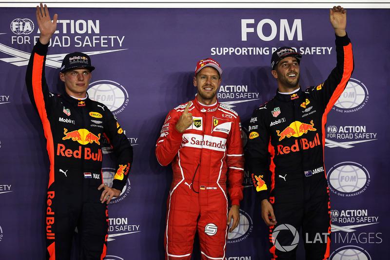 Max Verstappen acabou com o segundo posto e Daniel Ricciardo abrirá a terceira fila amanhã.