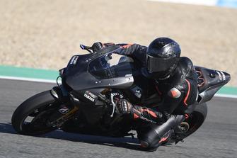 Lewis Hamilton, Yamaha R1