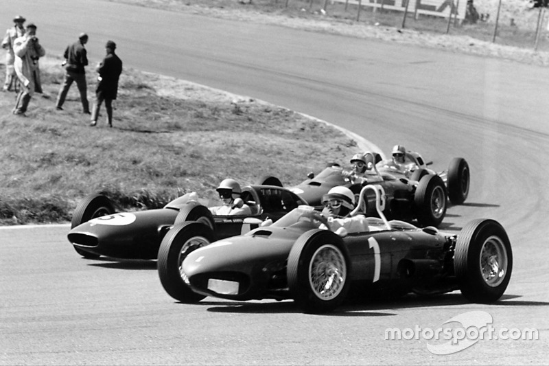 1961-1962: Ferrari 156 (delante)