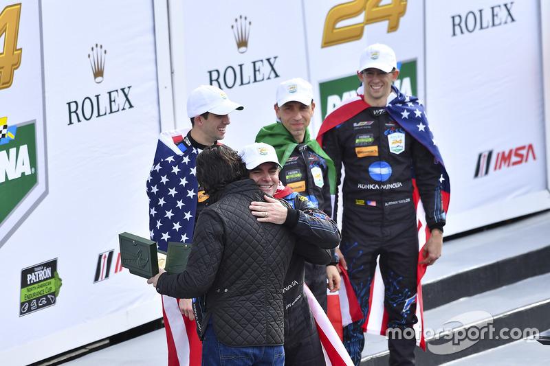 Ganadores, #10 Wayne Taylor Racing Cadillac DPi: Ricky Taylor, Jordan Taylor, Max Angelelli, Jeff Go