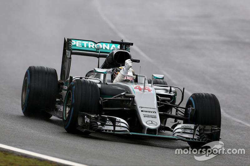 Hamilton en tête de bout en bout