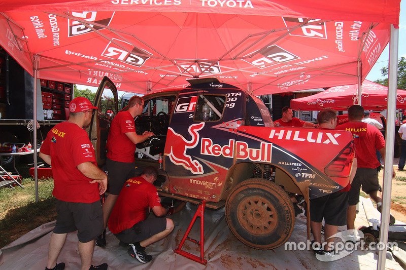 Overdrive Racing Toyota Hilux