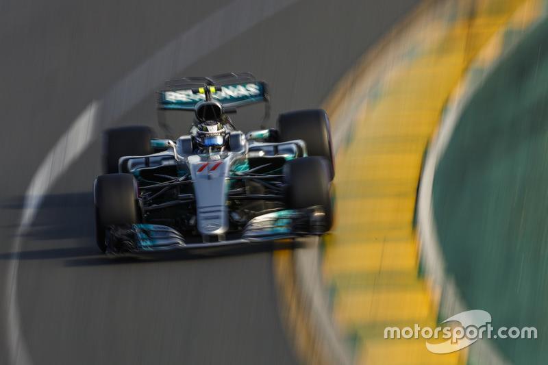 E ele mostrou que pegou o jeito rápido. Na primeira corrida, foi ao pódio e terminou colado em Lewis Hamilton.