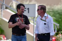 Michael Schmidt, Journalist; Danny Sullivan, FIA-Rennkommissar