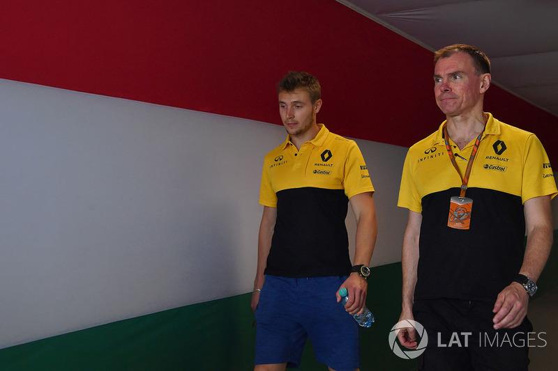 Сергій Сироткін, Renault Sport F1 Team RS17, гоночний інженер Renault Sport F1 Team RS17 Алан Пермейн
