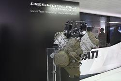 Présentation du moteur Ducati V4 de route
