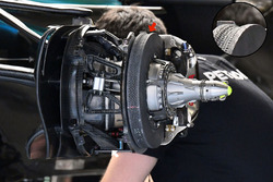 Mercedes AMG F1 W08 front brake and wheel hub detail